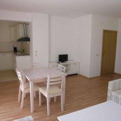 Апартаменты Apartment Complex Sunflower Солнечный берег комната для гостей фото 2