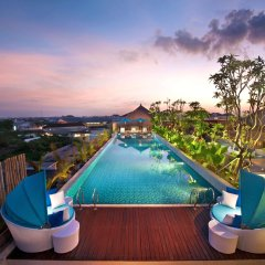 Отель Ramada by Wyndham Bali Sunset Road Kuta бассейн