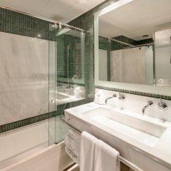 Отель Urban Испания, Мадрид - 10 отзывов об отеле, цены и фото номеров - забронировать отель Urban онлайн ванная