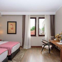 Отель Tiflis Palace комната для гостей фото 10