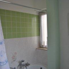 Отель Hôtel Passerelle Liège Бельгия, Льеж - отзывы, цены и фото номеров - забронировать отель Hôtel Passerelle Liège онлайн ванная фото 2