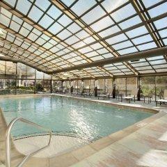 Отель Hilton New York JFK Airport США, Нью-Йорк - отзывы, цены и фото номеров - забронировать отель Hilton New York JFK Airport онлайн бассейн