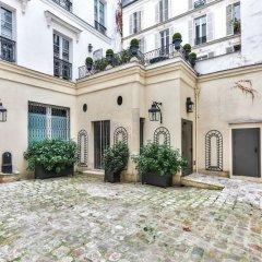 Отель Love Nest in Saint Germain Париж
