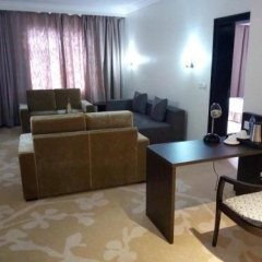 Отель Golden Tulip Ibadan Нигерия, Ибадан - отзывы, цены и фото номеров - забронировать отель Golden Tulip Ibadan онлайн комната для гостей фото 2