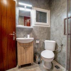 Отель Corona Deluxe Apt (Must) Греция, Салоники - отзывы, цены и фото номеров - забронировать отель Corona Deluxe Apt (Must) онлайн ванная фото 2