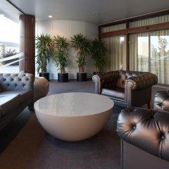 Отель Holiday Inn Porto Gaia Португалия, Вила-Нова-ди-Гая - 1 отзыв об отеле, цены и фото номеров - забронировать отель Holiday Inn Porto Gaia онлайн ванная фото 2
