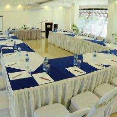 Отель Golden Star Beach Hotel Шри-Ланка, Негомбо - отзывы, цены и фото номеров - забронировать отель Golden Star Beach Hotel онлайн помещение для мероприятий фото 2