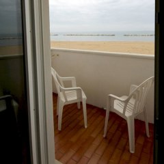 Hotel Belvedere Spiaggia Римини балкон