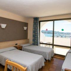 Апартаменты The White Apartments by Ibiza Feeling - Adults Only комната для гостей фото 5