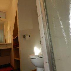 Отель B&B Basilique Бельгия, Брюссель - отзывы, цены и фото номеров - забронировать отель B&B Basilique онлайн ванная