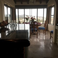 Отель Sunrise Cove Luxury Penthouse питание фото 3