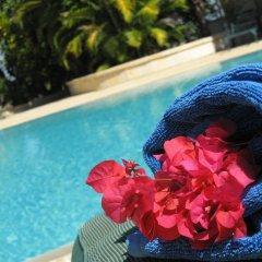 Sunny Hotel Majunga бассейн