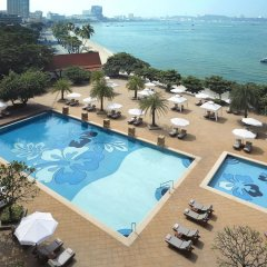 Отель Dusit Thani Pattaya бассейн фото 3