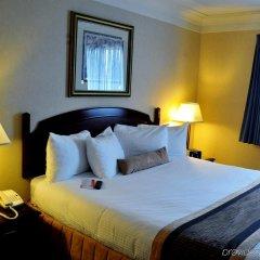 Отель Best Western Village Park Inn Канада, Калгари - отзывы, цены и фото номеров - забронировать отель Best Western Village Park Inn онлайн комната для гостей фото 5