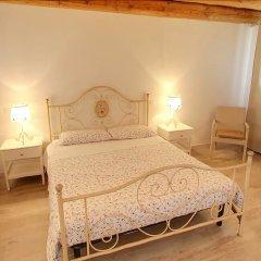 Отель Agriturismo Alto Venda Италия, Региональный парк Colli Euganei - отзывы, цены и фото номеров - забронировать отель Agriturismo Alto Venda онлайн комната для гостей фото 4