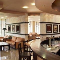 Отель Orphey гостиничный бар