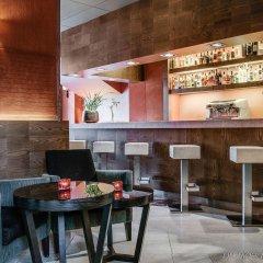 Отель Eurostars Suites Mirasierra гостиничный бар