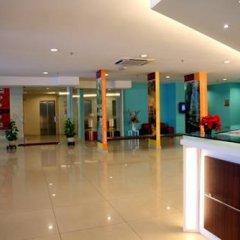 Отель Tune Hotel - Downtown Penang Малайзия, Пенанг - отзывы, цены и фото номеров - забронировать отель Tune Hotel - Downtown Penang онлайн фитнесс-зал фото 2