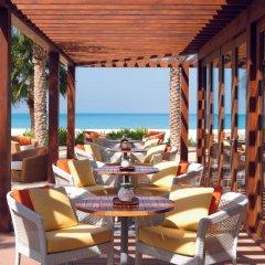 Отель The Ritz-Carlton, Dubai питание фото 2
