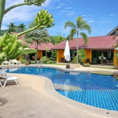 Отель Kamala Tropical Garden бассейн фото 3