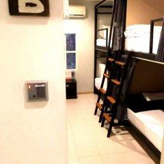 Отель FIRST 1 Boutique House at Sukhumvit 1 фитнесс-зал фото 2