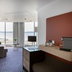 Radisson Blu Waterfront Hotel, Jersey комната для гостей фото 3