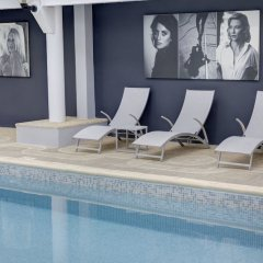 Hotel Arles Plaza Арль бассейн