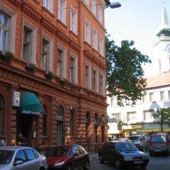 Inn Side Hotel Kalvin House парковка