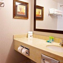 Отель Radisson Hotel Toronto East Канада, Торонто - отзывы, цены и фото номеров - забронировать отель Radisson Hotel Toronto East онлайн ванная