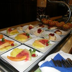 Four Seasons Hotel питание фото 3