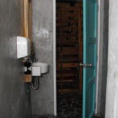 Отель Gecko Republic Jungle Hostel Таиланд, Остров Тау - отзывы, цены и фото номеров - забронировать отель Gecko Republic Jungle Hostel онлайн ванная