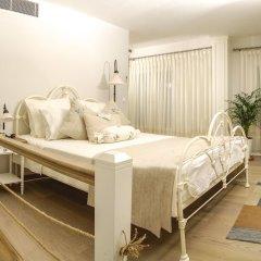 Отель Cesme Marina Konukevi Чешме комната для гостей