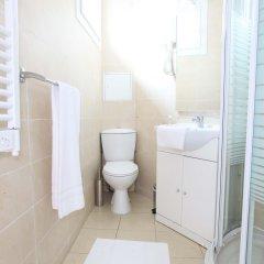 Отель Résidence Blanche Париж ванная