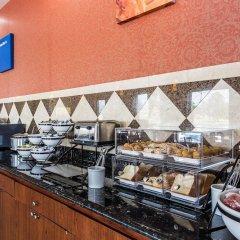 Отель Comfort Inn At Carowinds Южный Бельмонт питание фото 2