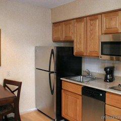 Отель Homewood Suites Columbus-Worthington Колумбус в номере