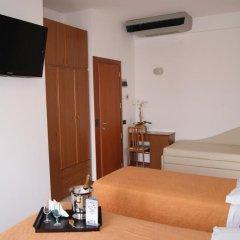 Отель Atlantic Италия, Римини - отзывы, цены и фото номеров - забронировать отель Atlantic онлайн комната для гостей фото 4