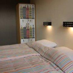 Отель Stayokay Amsterdam Vondelpark - Hostel Нидерланды, Амстердам - отзывы, цены и фото номеров - забронировать отель Stayokay Amsterdam Vondelpark - Hostel онлайн комната для гостей фото 5