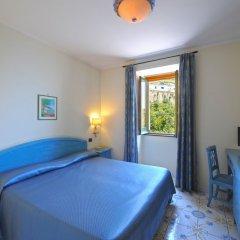 Отель La Pergola Италия, Амальфи - 1 отзыв об отеле, цены и фото номеров - забронировать отель La Pergola онлайн комната для гостей фото 3