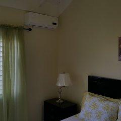 Отель Ocho Rios Villa At Coolshade Iv Монастырь комната для гостей фото 2