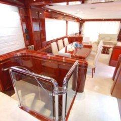 Отель Beyond the Sea Yacht Испания, Барселона - отзывы, цены и фото номеров - забронировать отель Beyond the Sea Yacht онлайн помещение для мероприятий