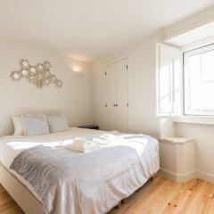 Апартаменты Alfama Cozy Two-Bedroom Apartment w/ River View - by LU Holidays комната для гостей фото 4