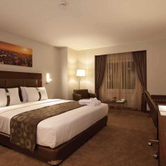 Отель Holiday Inn Gebze - Istanbul Asia Гебзе комната для гостей фото 3