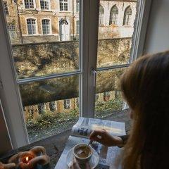 Отель Monsieur Ernest Бельгия, Брюгге - отзывы, цены и фото номеров - забронировать отель Monsieur Ernest онлайн интерьер отеля фото 3