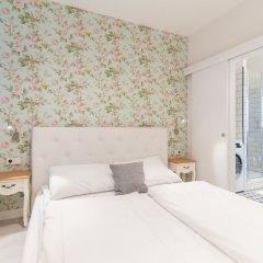 Отель Wenceslas Apt Massage Chair by easyBNB комната для гостей