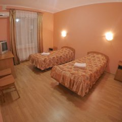 Гостиница Inn on Zhytomyrska сейф в номере