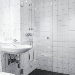 Отель Landvetter Airport Hotel Швеция, Харрида - отзывы, цены и фото номеров - забронировать отель Landvetter Airport Hotel онлайн ванная