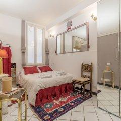 Апартаменты Torre Argentina Charming Apartment комната для гостей фото 5