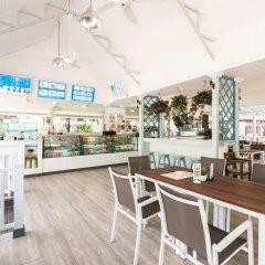 Отель Katathani Phuket Beach Resort Пхукет гостиничный бар