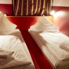 Отель Ballhaus Berlin Hostel Германия, Берлин - 2 отзыва об отеле, цены и фото номеров - забронировать отель Ballhaus Berlin Hostel онлайн комната для гостей фото 5