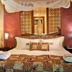 Отель The Royal Senchi Акосомбо сейф в номере